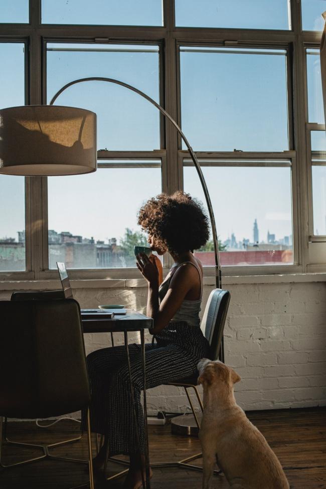 Télétravail : près de la moitié des salariés ont vu leur charge de travail augmenter