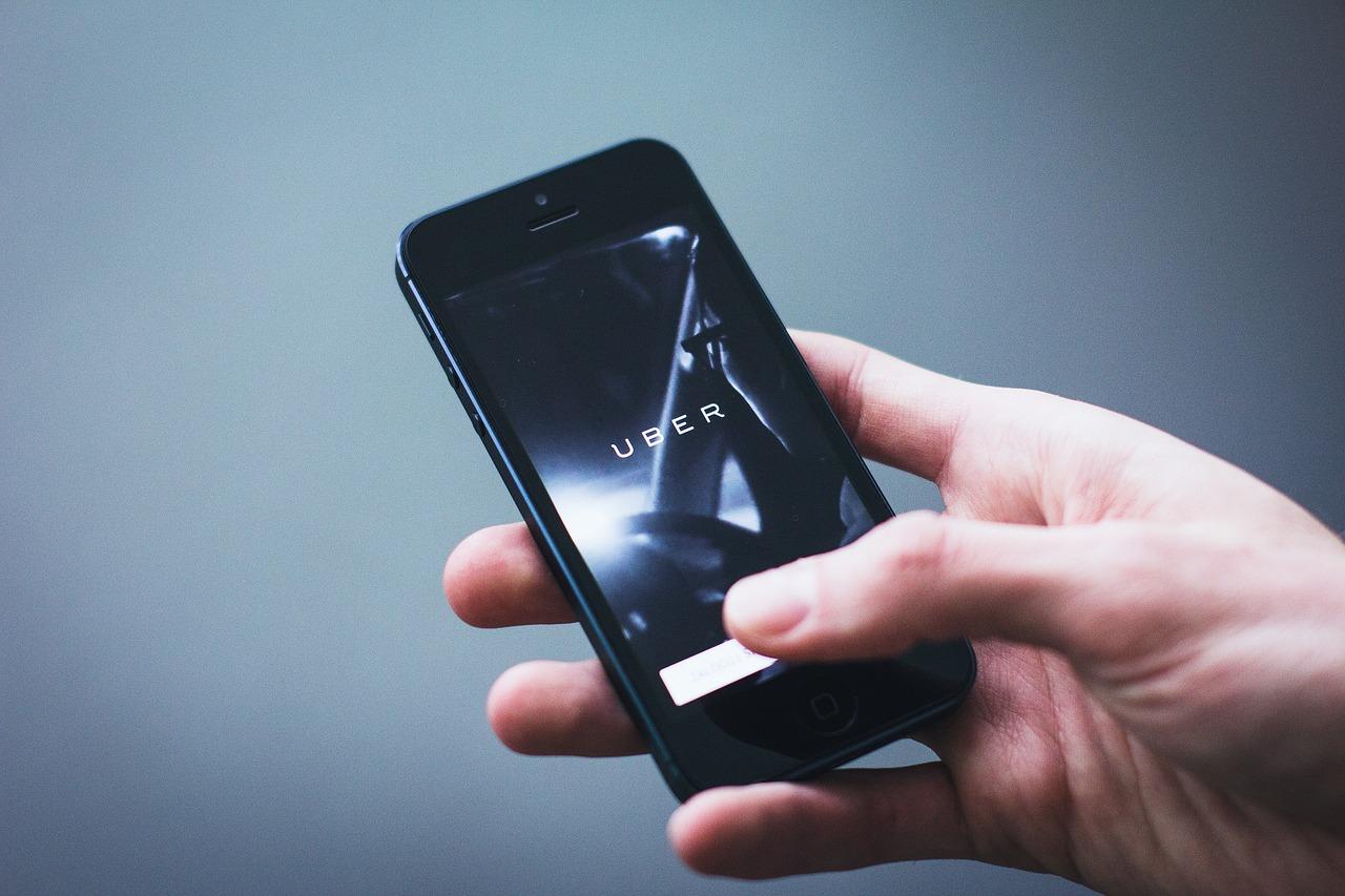 Les chauffeurs Uber se lancent dans trois villes du sud de la France
