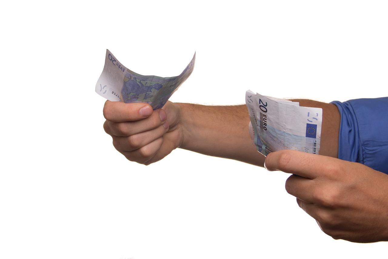 La charge fiscale sur les revenus est très élevée en France