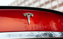 Tesla débauche en masse chez Apple